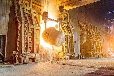 Secteur d'activité de l'industrie de flux comme la métallurgie ou la chimie
